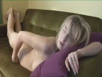 Beautiful girl fingers herself to ecstasy